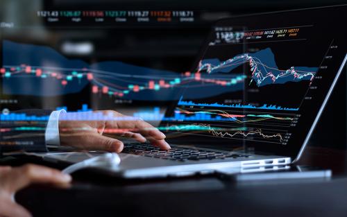 LSE_Do Low Rates Encourage Yield Seeking by Money Market Funds?