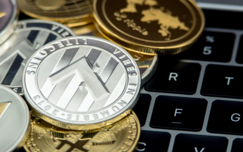 Central Banks and Digital Currencies